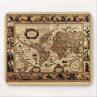 1635 World Map Mouse Mats