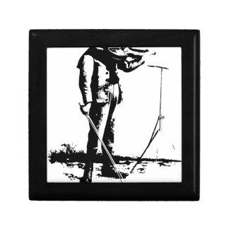 1664996_12669506_violin_orig gift box
