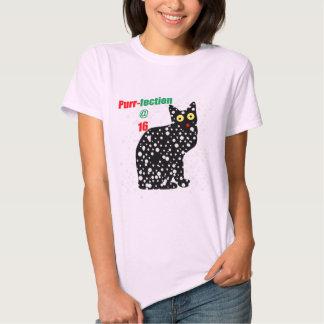 16 Snow Cat Purr-fection T-shirt