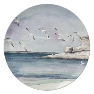 1774 gaviotas en la playa de Sandy Plato Para Fiesta