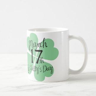 17 de marzo día del St. Patty Tazas
