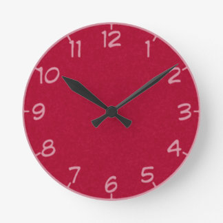 17 Shades of Red Clock