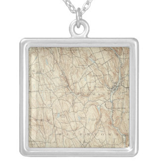 17 Waterbury sheet Square Pendant Necklace