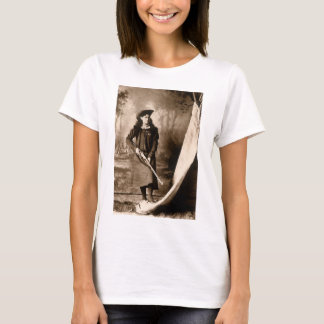 1898 Photo of Miss Annie Oakley Holding a Rifle T-Shirt