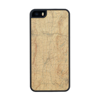 18 Meriden sheet Carved® Maple iPhone 5 Case