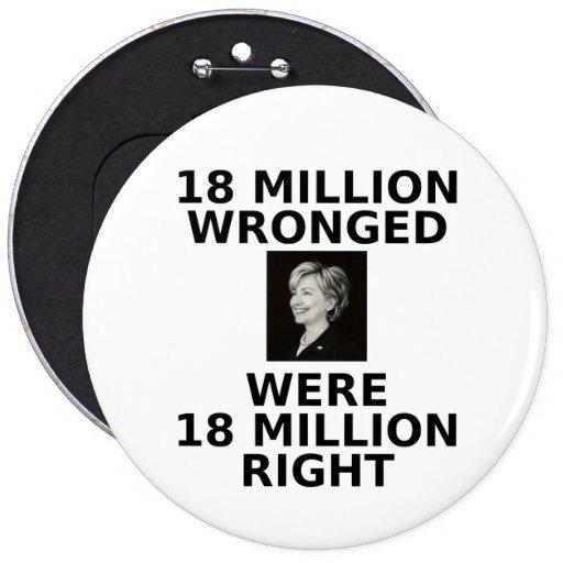 18 millones perjuicios, botón colosal pins