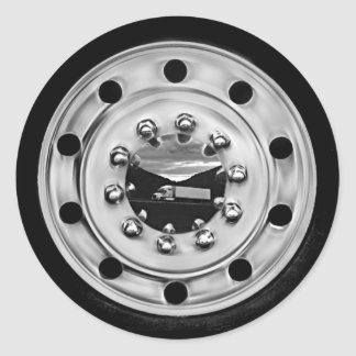 18 Wheelin' Classic Round Sticker
