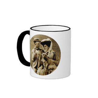 1900 Happy Young Couple Ringer Mug