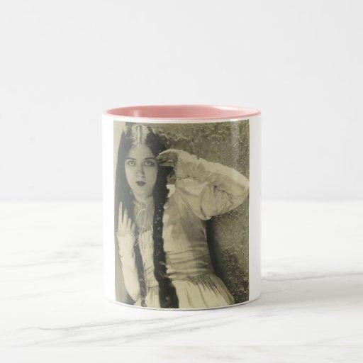 1900's actress on pink mug