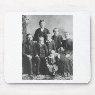 1900's Family Portrait Mouse Pad