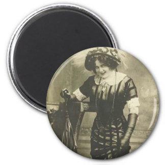1900's fancy woman magnet
