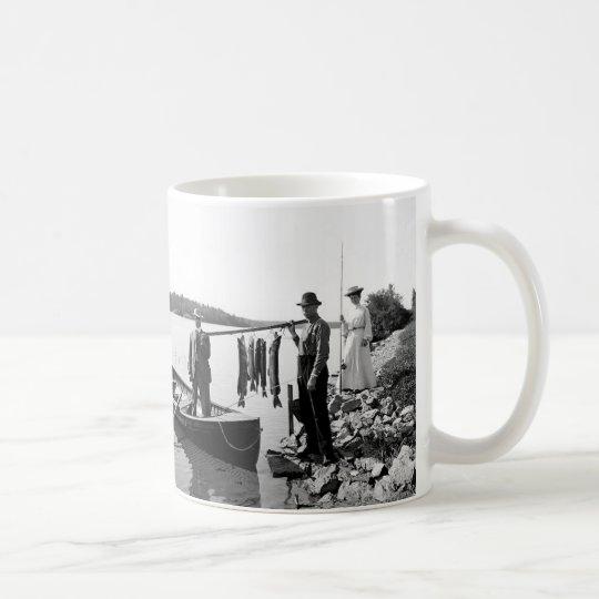 1903 Adirondack Mts.Fishing Mug