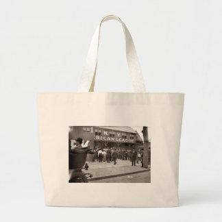 1903 - Hilltop Park - New York Highlanders Tote Bags