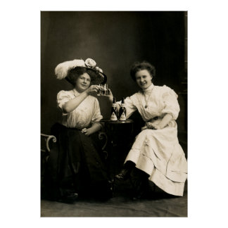 1905 Beer Drinking Girl Friends Poster