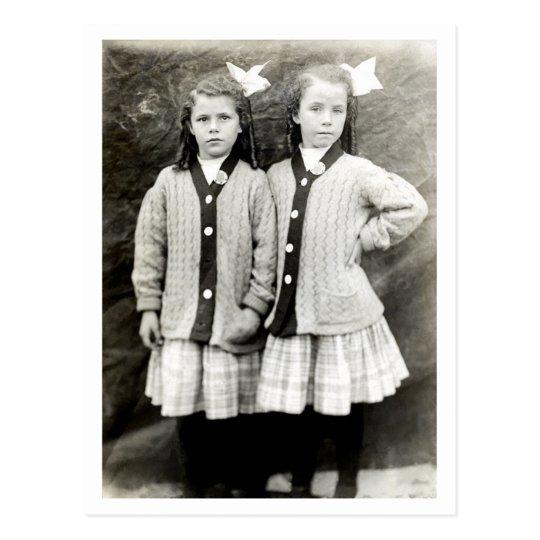 1910 Best Friends Postcard