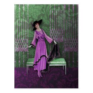 1913 de lujo: Moda del vintage en lila y verde Tarjetas Postales
