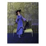 1913 de lujo: Moda del vintage en púrpura y aceitu Tarjetas Postales