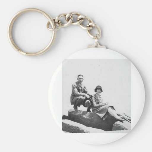 1920's Couple on Vacation Basic Round Button Keychain