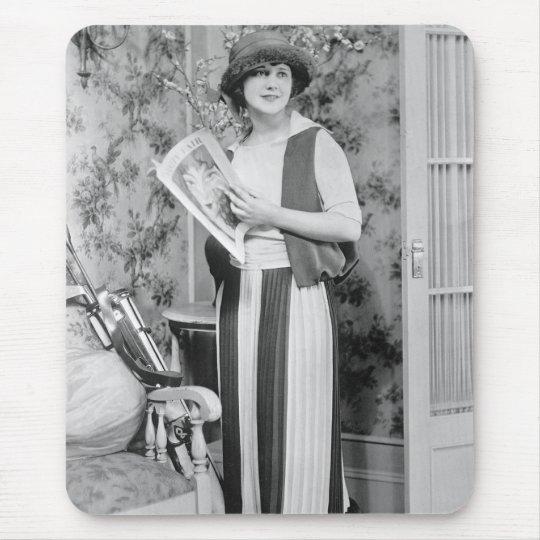 1920s Golf Fashion Mouse Pad