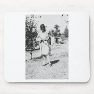 1920's Lady in dress with hat playing banjo Mouse Pad