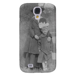 1920's Mother and Daughter by Tree Galaxy S4 Cover