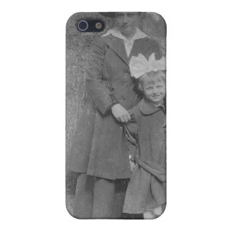 1920's Mother and Daughter by Tree Cover For iPhone 5