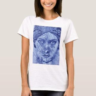 1920s movie star Gloria Swanson in blue T-Shirt