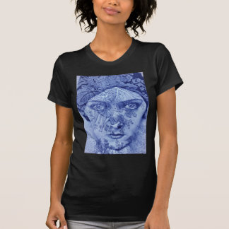 1920s movie star Gloria Swanson in blue T Shirt