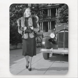 1930s Women's Fashion Mouse Pad