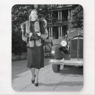 1930s Women's Fashion Mouse Pad