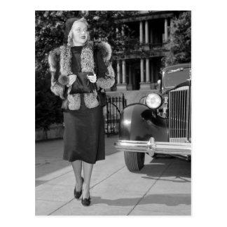 1930s Women's Fashion Postcard