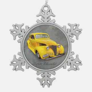 1939 CHEVROLET SNOWFLAKE PEWTER CHRISTMAS ORNAMENT