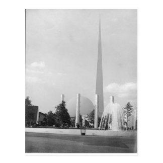 1939 Worlds Fair THE TRYLON & PERISHERE Postcard