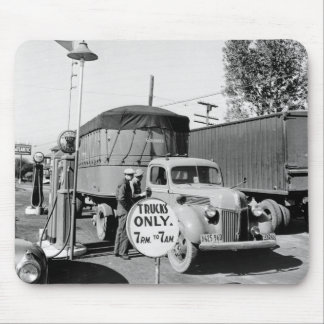 1940s Truck Stop Mouse Pad