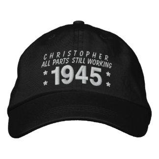 1945 o cuaesquiera cumpleaños A5 del año 70.o de Gorra De Béisbol Bordada
