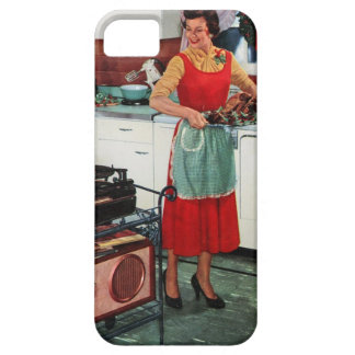 1950s fifties housewife in kitchen with turkey iPhone SE/5/5s case