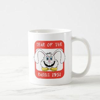 1951 años de regalo del conejo taza