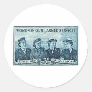 1952 mujeres en sello de las fuerzas armadas de pegatina redonda