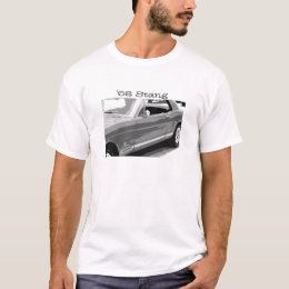1968 Stang, old Mustang in black & white T-Shirt