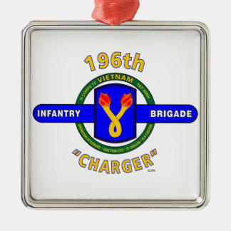 """196TH INFANTRY BRIGADE """"CHARGER"""" VIETNAM METAL ORNAMENT"""