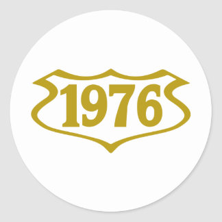 1976-shield.png classic round sticker