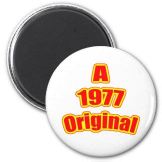 1977 Original Red 2 Inch Round Magnet