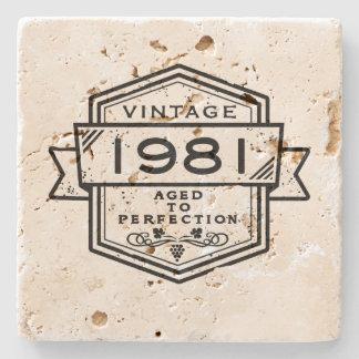 1981 envejecido a la perfección posavasos de piedra