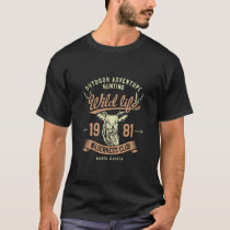1981 Wilderness Club Vintage Style Hunt Theme T-Shirt