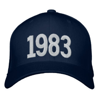 1983 años gorra bordada