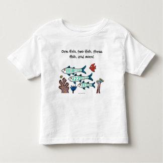 1, 2, 3 pescados con los pequeños pescados y coral tshirt
