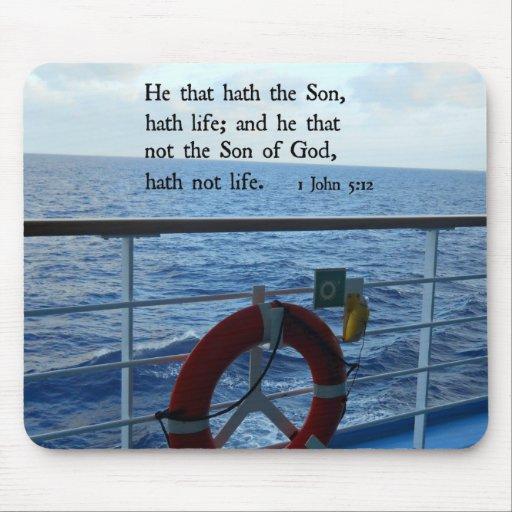 1 5:12 de Juan él ese hath el hijo, vida del hath… Tapetes De Raton