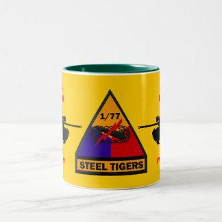 1/77o Taza de acero de los tigres de las panteras