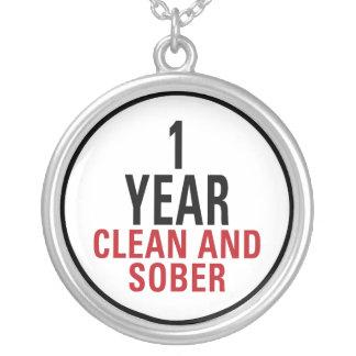 1 año limpio y de sobrio joyería