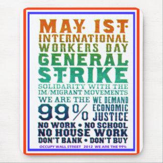 1 de mayo el día internacional de los trabajadores alfombrilla de ratón